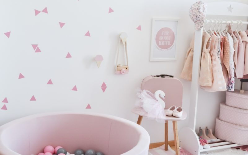 Wall stickers – Nová dekorácia v podobe nálepiek na stenu
