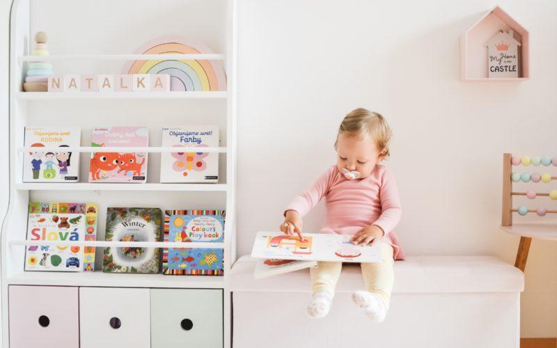 Montessori reading corner  – Montessori kútik na čítanie